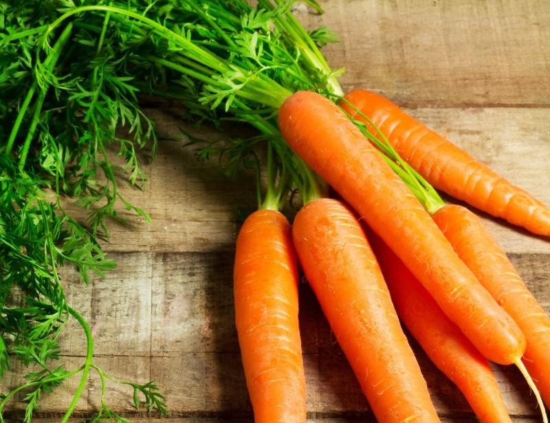 Carrots, a seasonal vegetable to enjoy salty or sweet