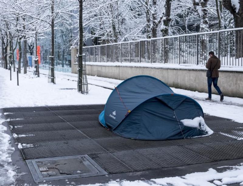 Près de 3 000 sans-abri dénombrés à Paris