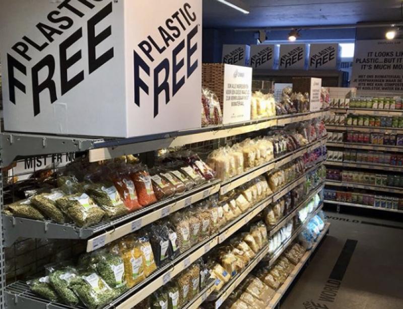 Le Premier Rayon De Supermarche Sans Plastique Au Monde Est A Amsterdam