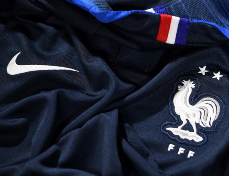 acheter populaire 5dc96 c3c3f Nike : le prix des nouveaux maillots de l'équipe de France ...