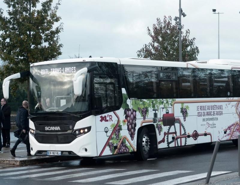 Entre La Rochelle et l'île de Ré, les bus roulent désormais au... marc de raisin 000_1AP2TA