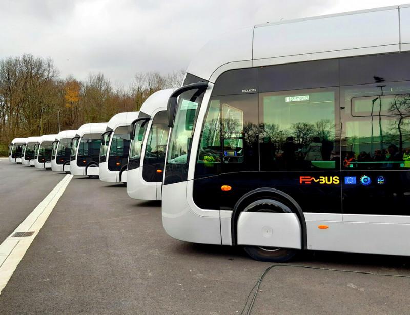 """Fébus : un bus à hydrogène """"zéro émission"""" mis en service à Pau"""